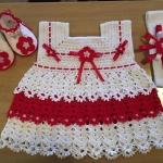 angela la abuela outfit
